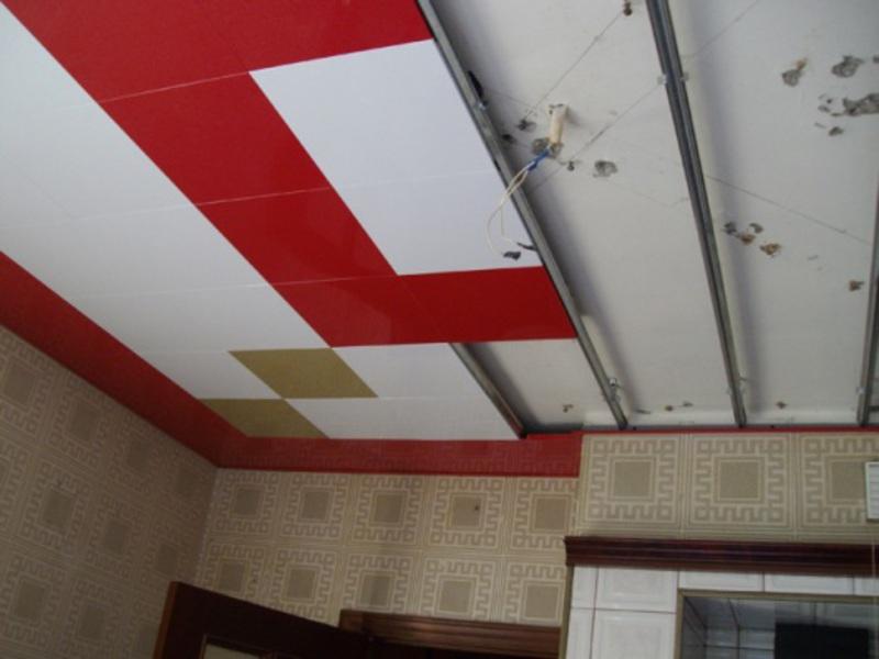 Как сделать подвесной потолок из пластиковых панелей ванной