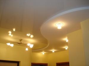 Гипсокартоный потолок в узорах