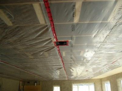 Из чего сделать потолок в деревянном доме своими руками фото 640