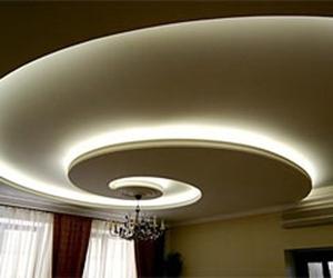 Монтаж светодиодной ленты  в потолочный плинтус 133